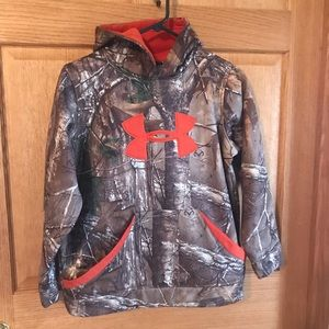 Under Armour,camouflage hood sweater, youth size